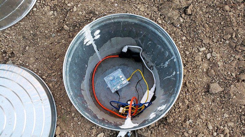 Adding power to the seismograph vault